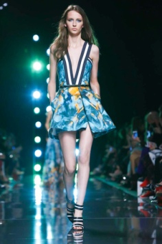 Elie Saab Ready to Wear Spring Summer 2015 in Paris
