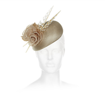 Gina Foster hat