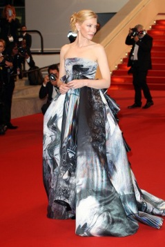 Cate Blanchett in Giles gown