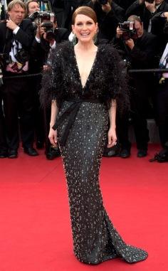 Julianne Moore in Atelier Versace