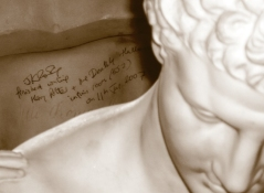 J K Rowling note on Hermes bust in Suite No. 552