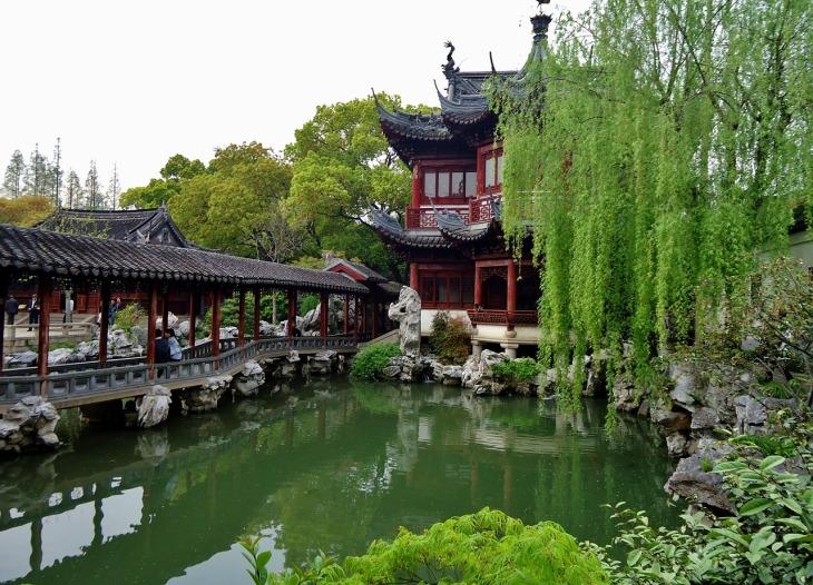 Yu Yuan Garden Temple