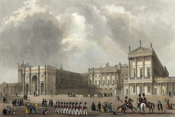 Buckingham Palace with the Marble Arch - Image Courtesy : Wikipedia