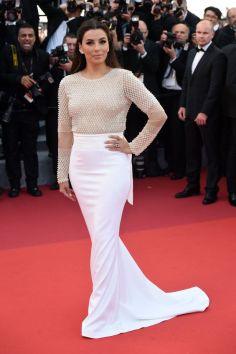 Eva Longoria in Pamella Roland white gown with Lorraine Schwartz jewellery