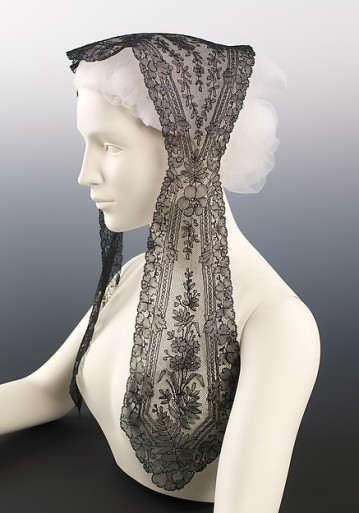 Lace Fanchon : Image Courtesy metmuseum.org