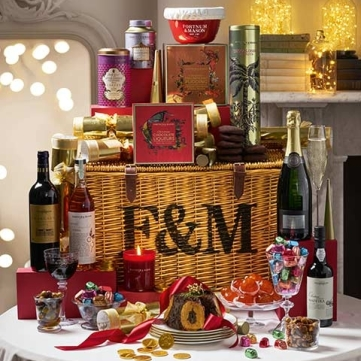 2174969_a_merry_christmas_hamper_mobile_portrait