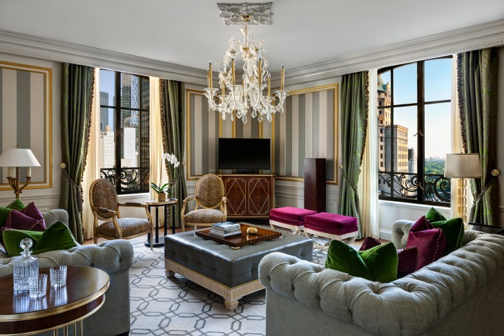 royal-suite-at-the-st-regis-new-york-living-room