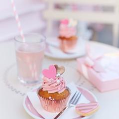 Fluttering Hearts Cupcake