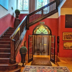 Entrance at Villa Trapp. Image Courtesy: Neha Wasnik